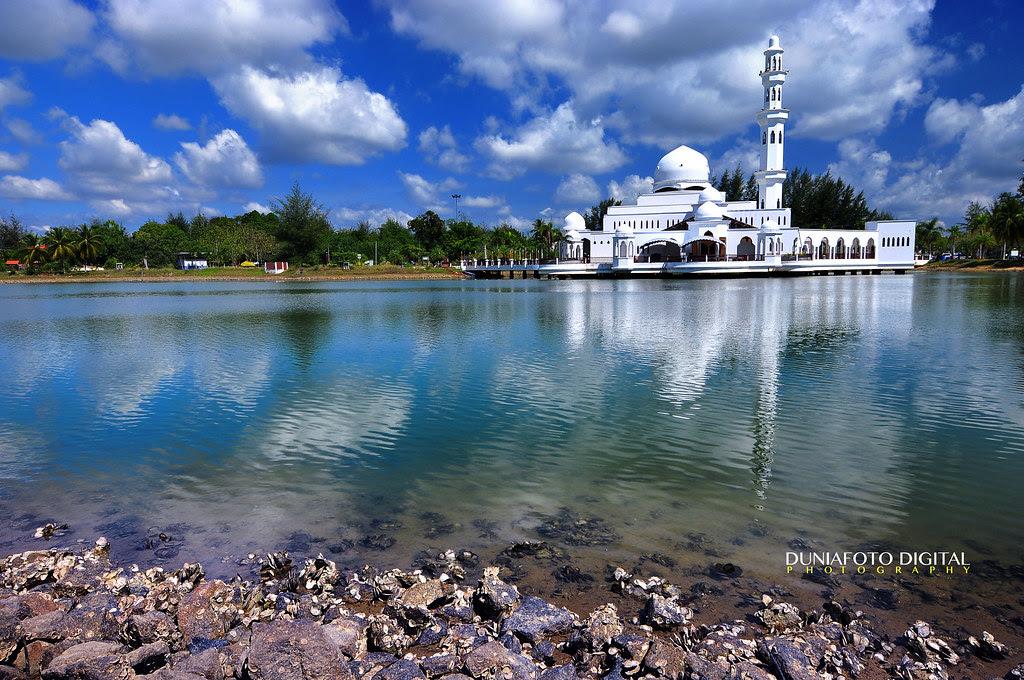 The Floating Mosque or Tengku Tengah Zaharah ,Kuala Terengganu,Malaysia