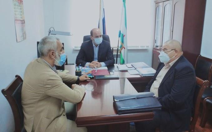 Омбудсмен Ингушетии ипредседатель республиканской коллегии адвокатов оказали бесплатную правовую помощь населению региона