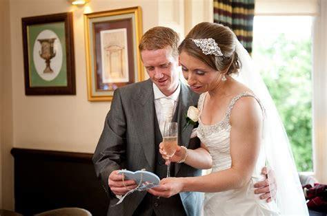 Stylish Glasgow city wedding with stunning Alan Hannah