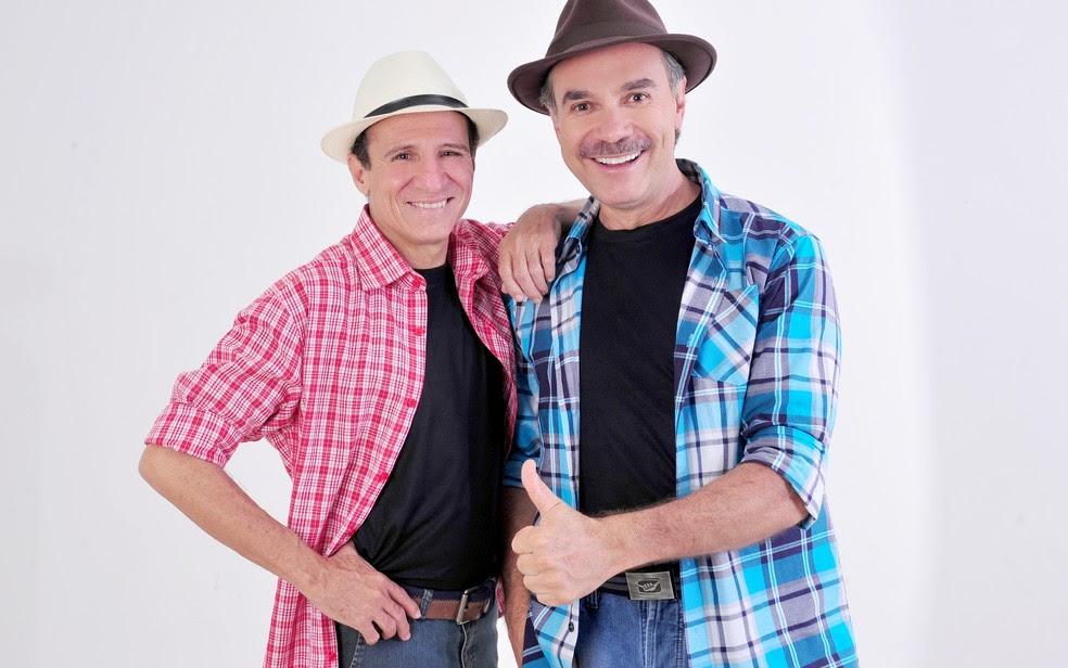 Tom Carvalho (à esqueda) com o parceiro Nilton Pinto: comediante está internado (Foto: Divulgação)