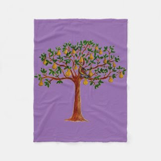 Partridge in a Pear Tree Fleece Blanket