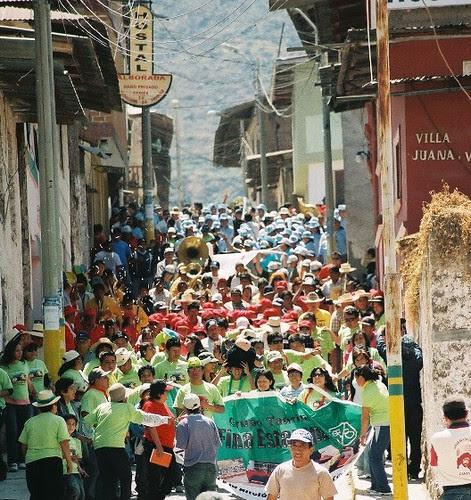Toro Afuera Círculos taurinos marchan en Canta