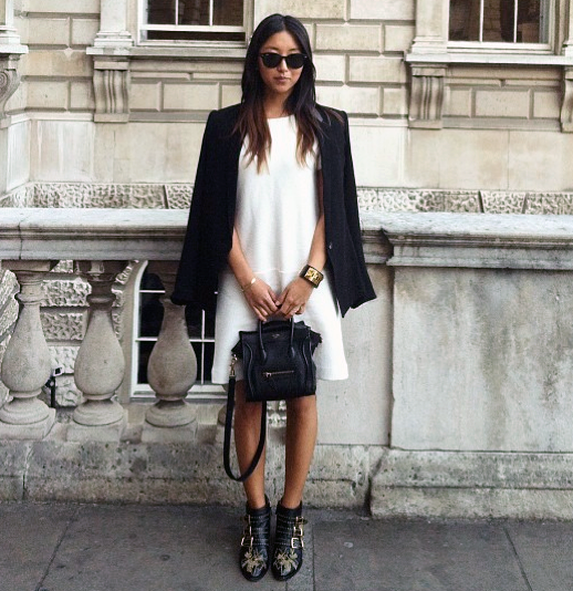 LE FASHION BLOG BLACK WHITE INSPIRATION FRANCES PINK HORROR SHOW BLOG HELMUT LANG BLAZER JACKET WHITE SHIFT DRESS CELINE MINI LUGGAGE CROSS BODY HEREMES STUD CUFF RAY BAN SUNGLASSES CHLOE STUDDED SUSAN BOOTS