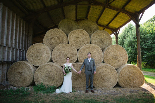 A Beautiful Rustic Columbine Hall Wedding | Suffolk Wedding Photography by Amanda Curd