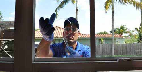 Don't Upset Your Ft. Lauderdale Neighbors. Repair Your Home Windows!