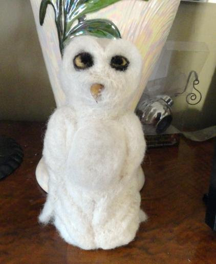 Snow Owl 8 inches tall