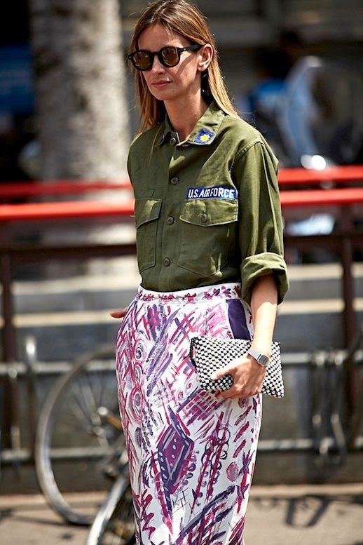 Le Fashion Blog Street Style Inspiration Mirrored Sunglasses Vintage Army Shirt Tucked Into Bright Printed Skirt Graphic Clutch Via Buro 24/7