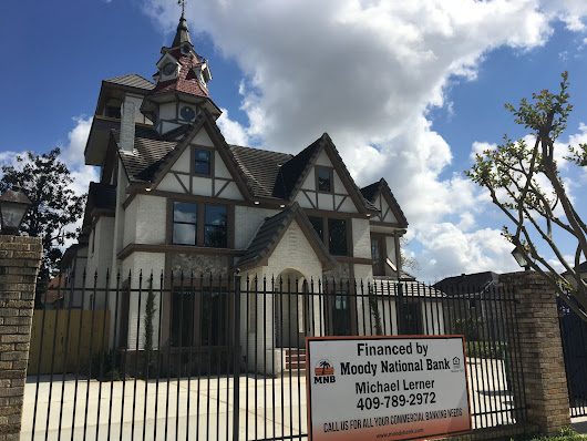 2309 Wichita, one of Houston's favorite quirky homes nears end of its renovation