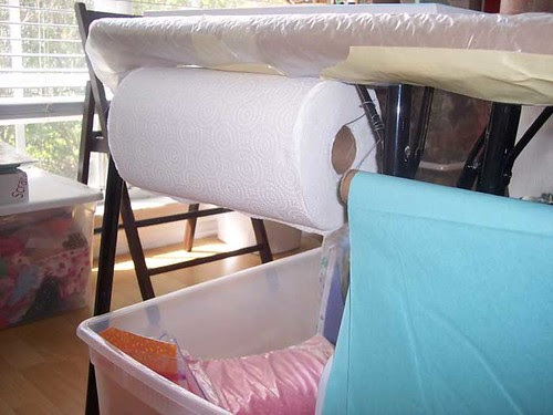 studio_paper_towel_holder