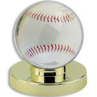 Ultra Pro Baseball Holder - Gold Base