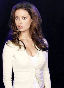 Not a production still from THE SARAH CONNOR CHRONICLES, but Summer Glau sure is gorgeous.