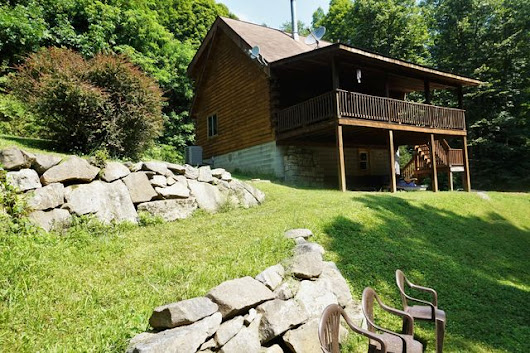 271 Dark Hollow Rd, Confluence, PA 15424
