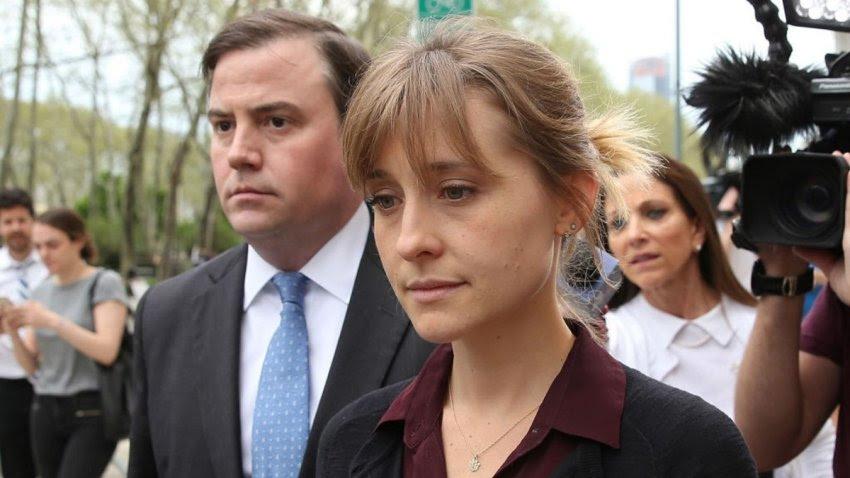 Ex-'Smallville' Actor Allison Mack Starts Prison Sentence Early in NXIVM Sex Cult Case