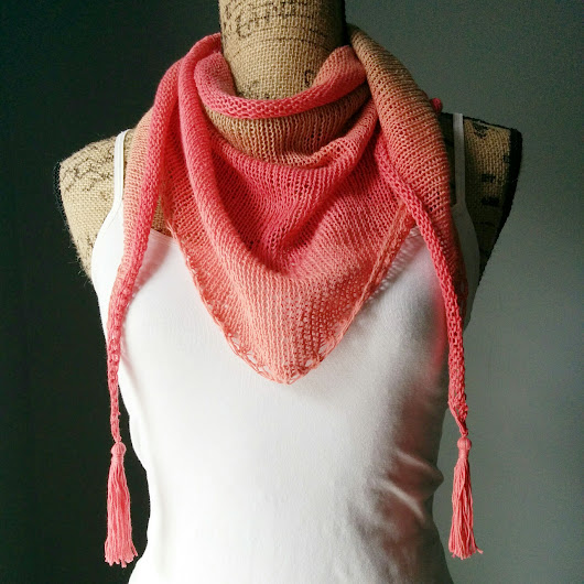 Stockinette Stitch Shawlette - Purl Avenue