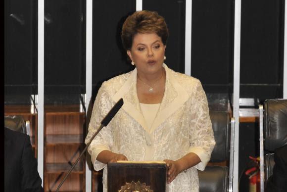 Primeira mulher eleita presidente, Dilma deixar cargo a 2 anos do fim do mandato