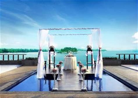 21 Most Romantic Beach Wedding Destinations