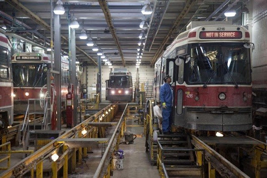 Maintaining the Streetcar Fleet in Winter Months | cityscape | Torontoist