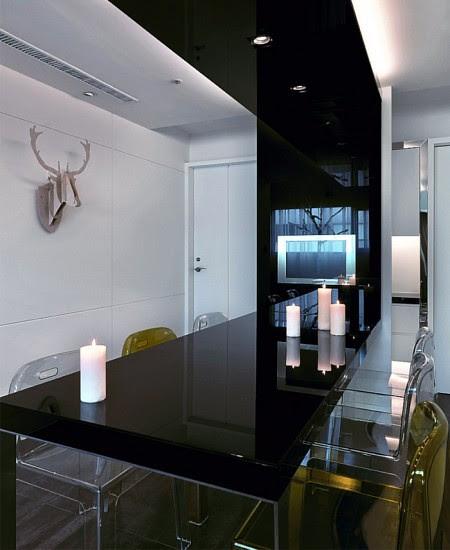 living-room-white-black-colours-450x550