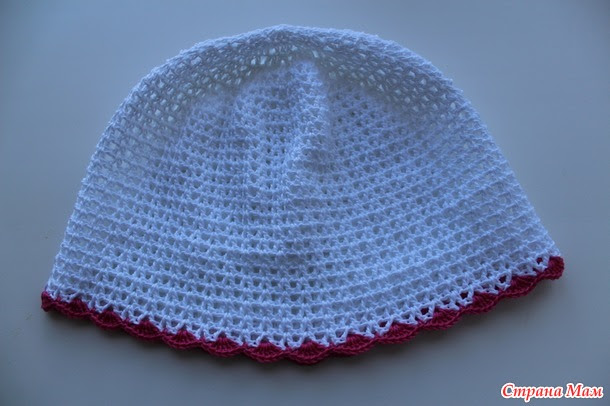 Cap with ruffles.  Author MK - Elena Khamzina