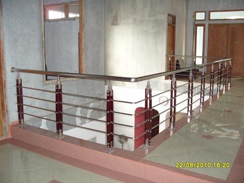 Railing Minimalis - Railing Minimalis, Railing Tangga , Railing Kaca,  Railing Balkon, Railling Indonesia, Tangga Kaca, Railing Kaca Tempered
