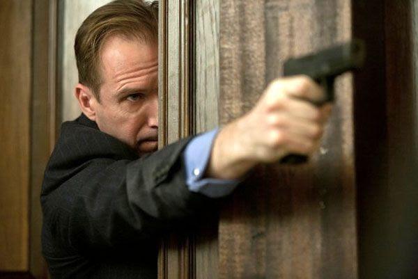 Ralph Fiennes plays Gareth Mallory in SKYFALL.