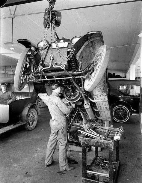 "Original automobile ""lift"" circa 1920s | Vintage trucks"