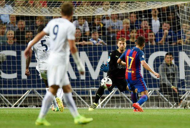 Munir El Haddadi scores the third goal