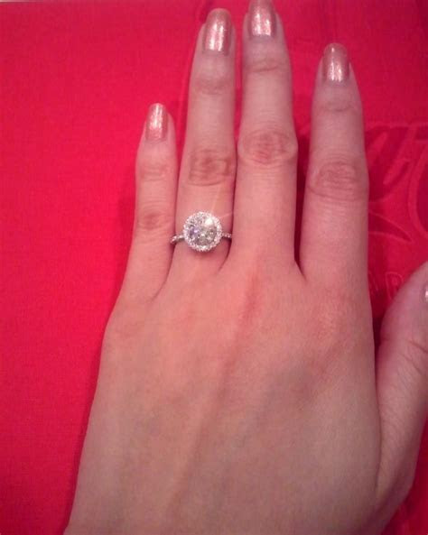 Please Post Pics! 1.5ct round on 3.5 size finger!