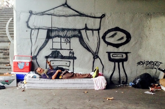 This LA Graffiti Artist Incorporates Homeless People into His Pieces | VICE United States