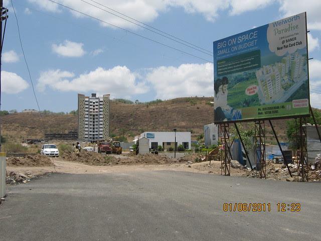 Thanks to Pride Group! Under construction 1 Crore Pride Platinum to Supreme Pallacio Road!!