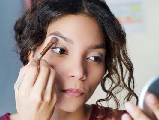 8 Mistakes You're Making When You Fill in Your Eyebrows