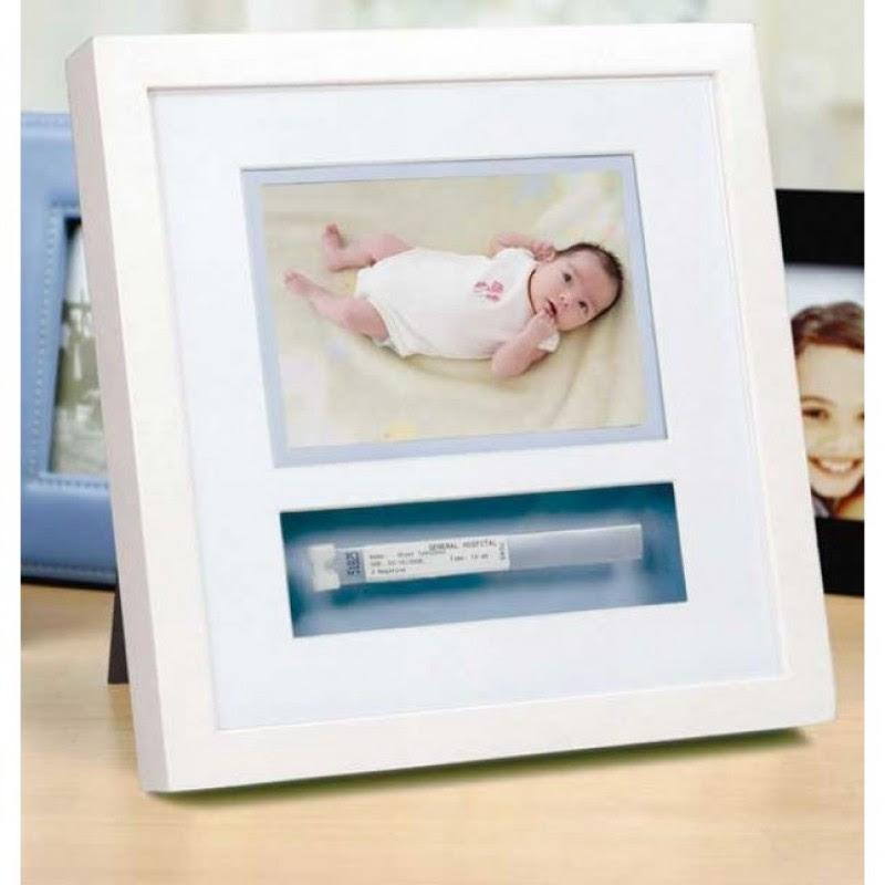 Pearhead White Id Bracelet Photo Frame