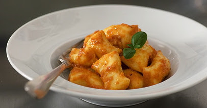 Pillows of Love: [Ricotta] Gnocchi Thursday | The Epicurean Zealot