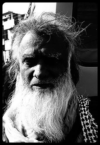 Waris Malangs of Dewa Sharif by firoze shakir photographerno1