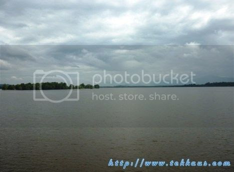 photo 10KampungAirBukitMerakLaketown_zpsc4b7d4cd.jpg