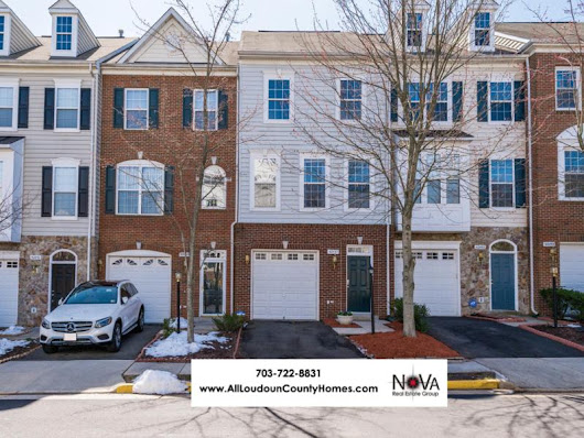 42497 Magellan Square, Ashburn, VA 20148 Home for Sale | All Loudoun County Homes