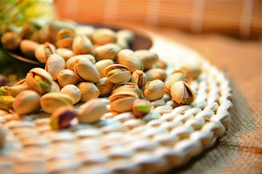 Superfood Spotlight: 6 Things You Didn't Know About Pistachios