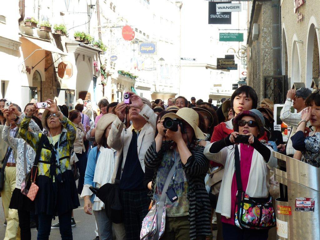 Πώς θα προσεγγίσουμε τους Κινέζους τουρίστες, για να σωθεί ο τουρισμός