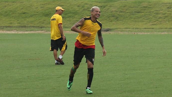Da Silva, volante Globo FC (Foto: Canindé Pereira)