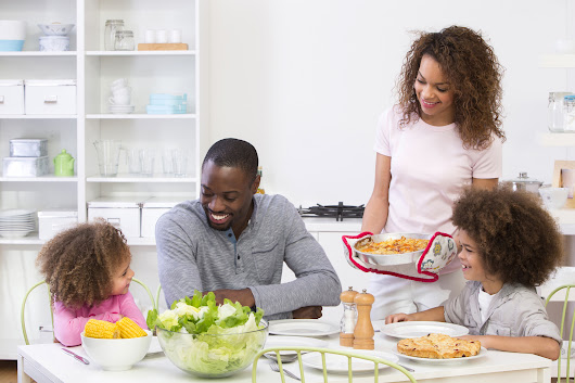 Why You Should Make Family Mealtime a Priority