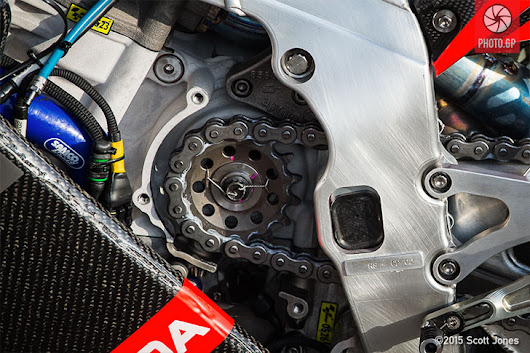 Motorcycle Racing Technology - Photo.GP