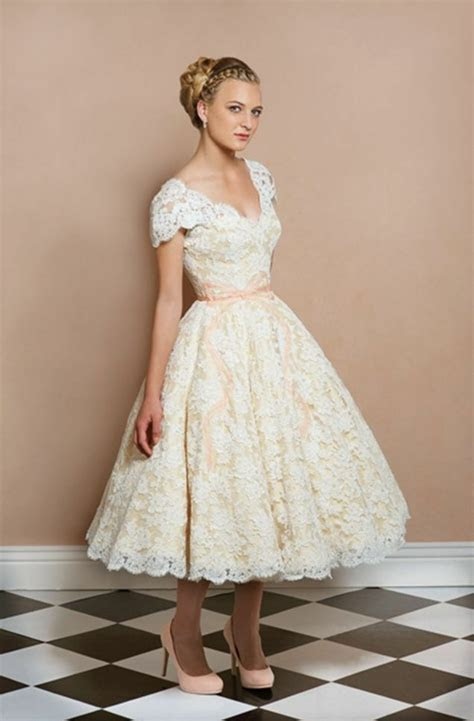 vintage lace cap sleeve short wedding dress bridal