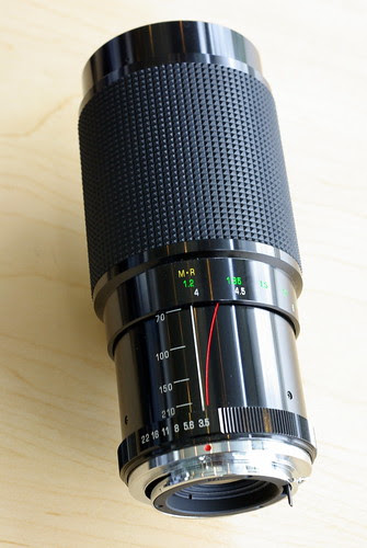 vivitar series 1 70-210 f/3.5 Macro Tokina v2