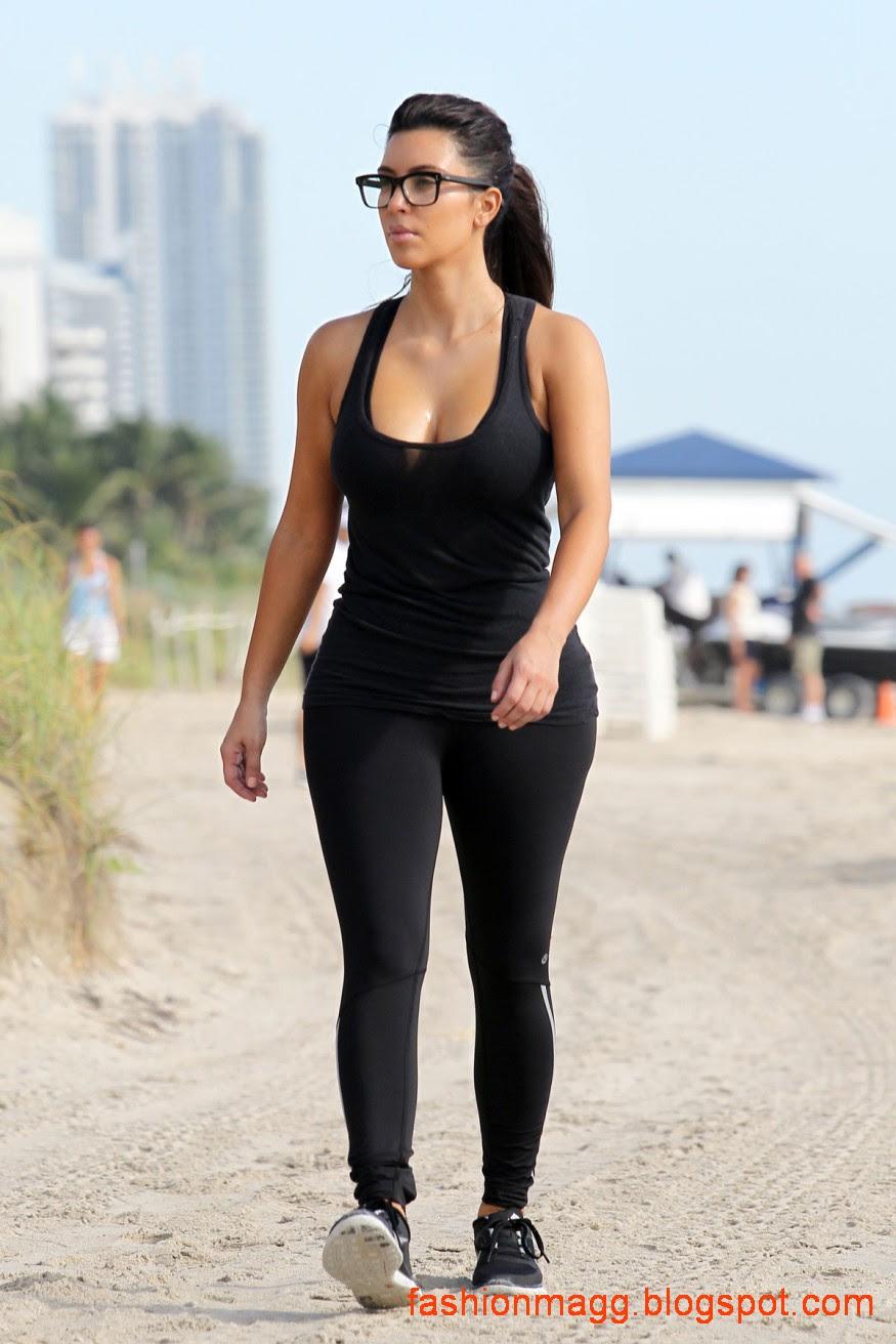 Kim-Kardashian-on-the-Morning-Walk-on-a-Beach-in-Miamii-Photoshoot-6
