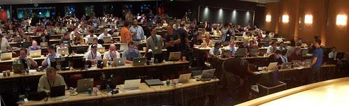 Many Apple laptops at Gnomedex 2006: Bay Auditorium panorama