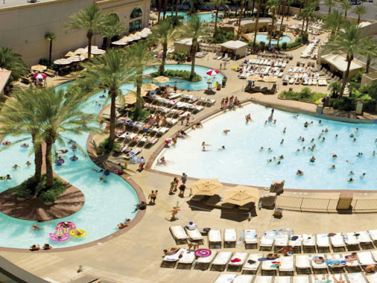 Best Family Pools in Las Vegas for Kids | Family Vacation Hub
