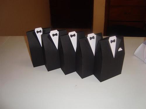 novio y novia: cajitas para recuerditos de bodas. tutorial con
