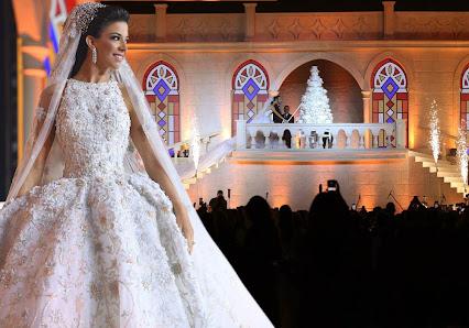 زفاف أسطوري لابن وزير لبناني على فتاة سورية.. 3 فساتين زفاف في ليلة من ألف ليلة!