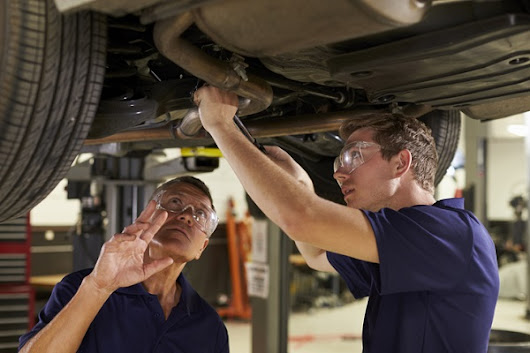 Thinking About Auto Mechanic College? Don't Let These 4 Career Change Myths Hold You Back!