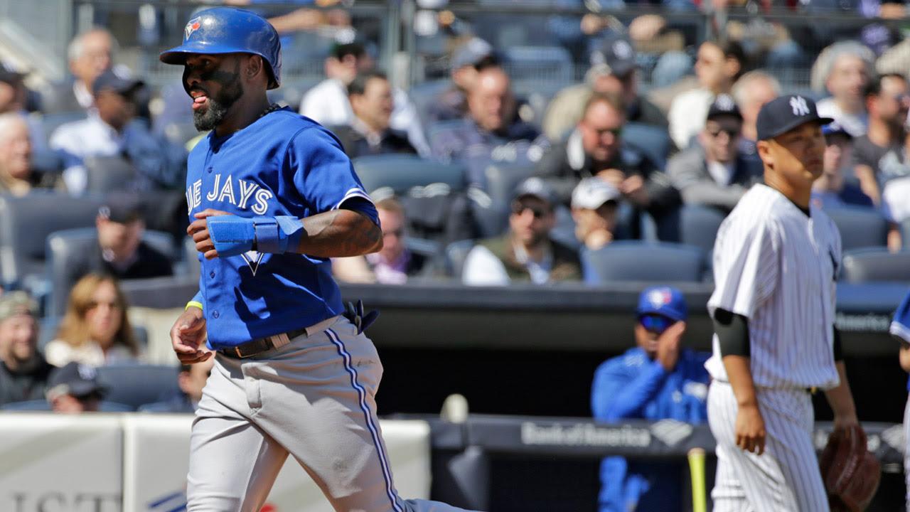 Ataque de Azulejos se impone a Tanaka, Yankees